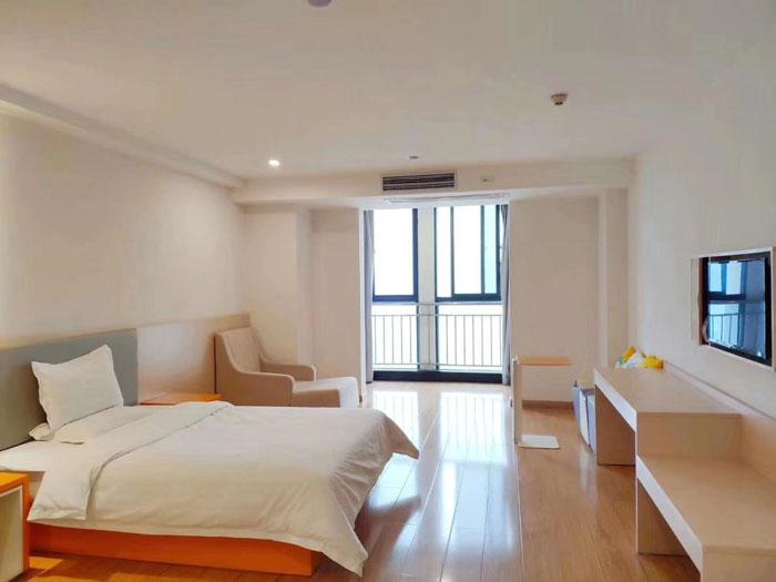 瑞凯国际城12楼单身公寓60平精装修产证齐全