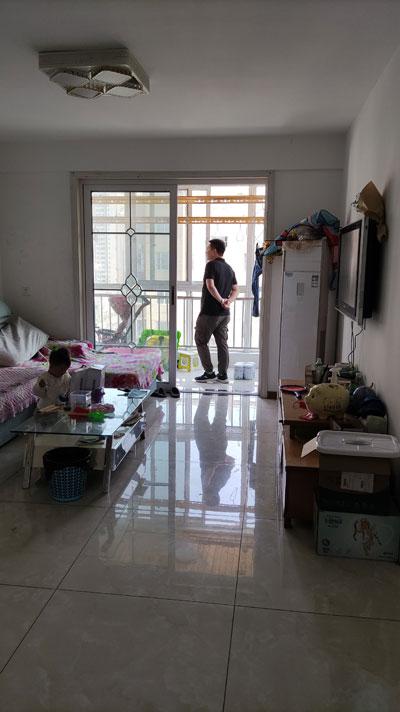 李岳小区二期电梯10楼总高11楼,104平普装两室,产证齐全可贷款。